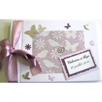 Livre d'or de mariage «papillons, fleurs et oiseaux»