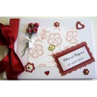 Livre d'or mariage «Roses bordeaux»