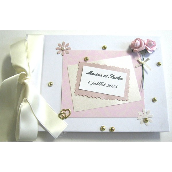 livre d 39 or de mariage personnalis th e fleurs roses et ivoires atelier du livre dor. Black Bedroom Furniture Sets. Home Design Ideas